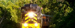 cincinnati-dinner-train-movingcincinnati-dinner-train-moving